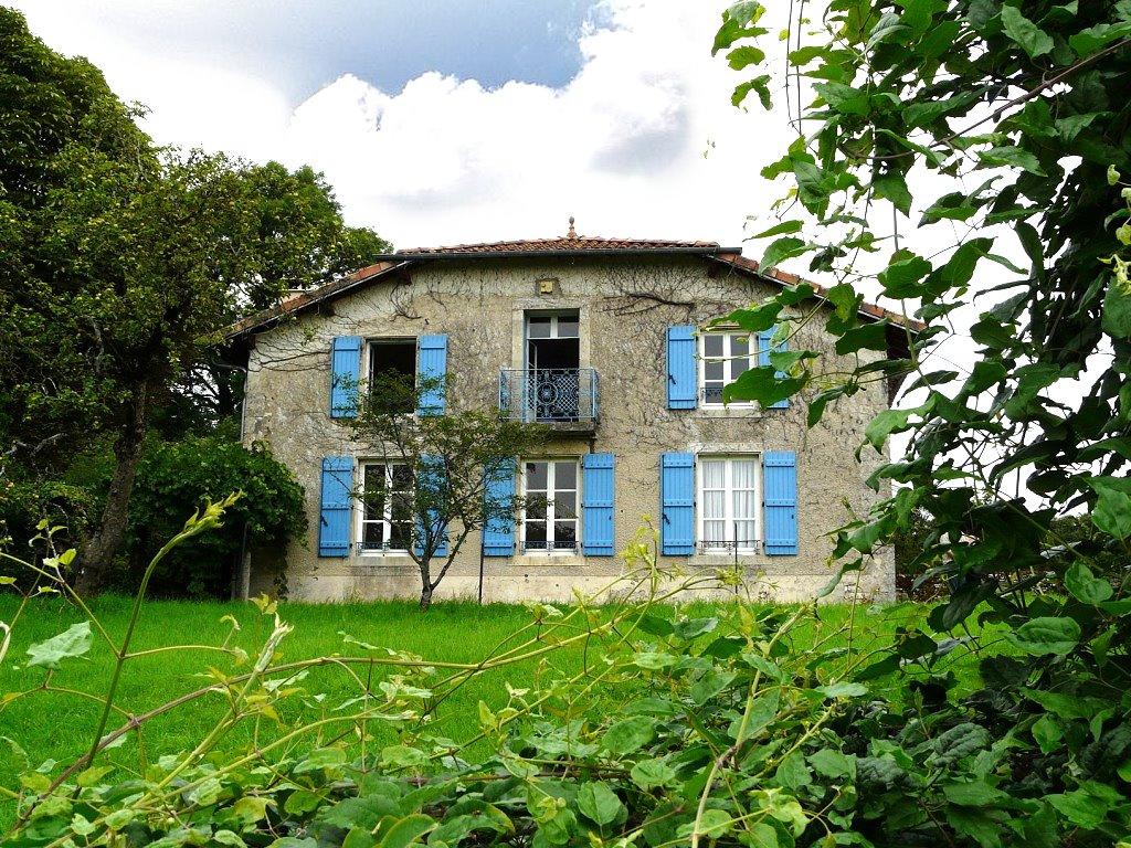 Achat Vente : Maison à acheter à gondrecourt le chateau ()